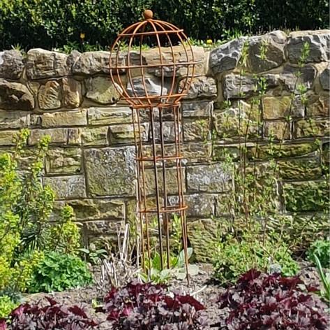 Orb Style Obelisk