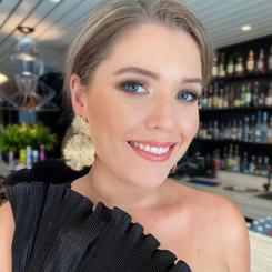 Nicola Beverley Event Makeup.png