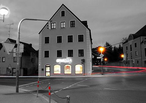 FahrschuleNacht_edited.jpg