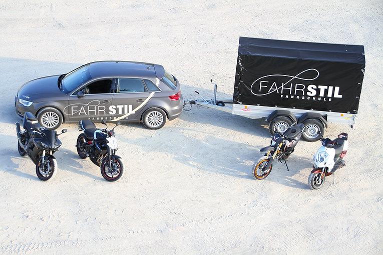 Fahrzeuge.jpg