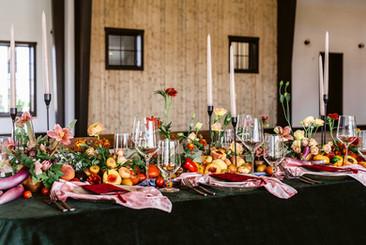 Modern Black Wedding Tablescape