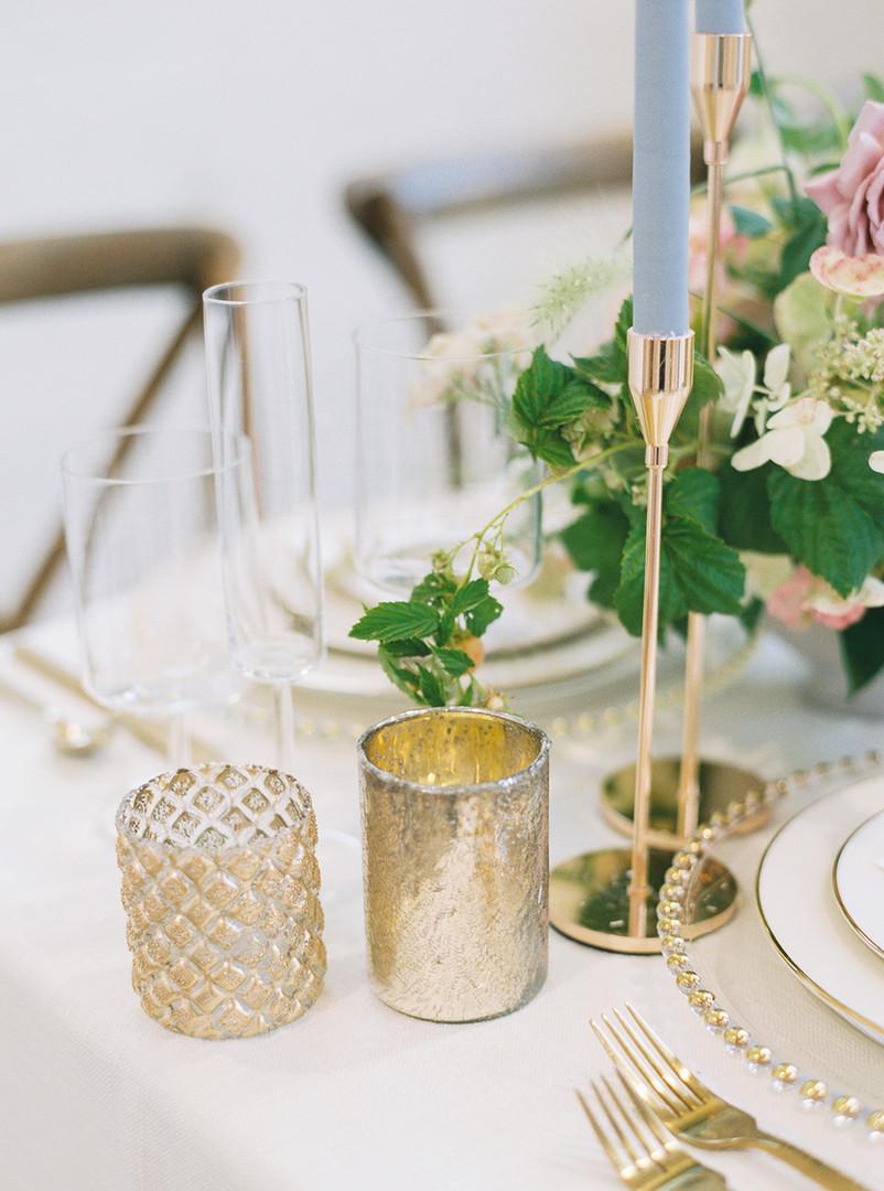 Gold wedding Table