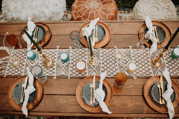 micro wedding table decor inspiration