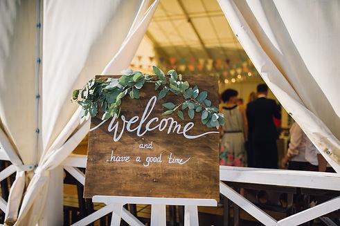 Wooden wedding welcome signn