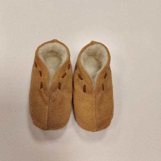 Size 3 (EU 19)