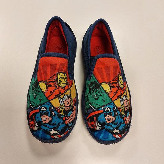 Marvel slippers - size 10