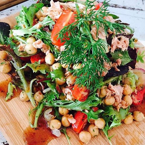 Tuna, Chickpea & Tomato Salad