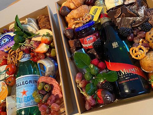 Grazing Box Deluxe Sweet