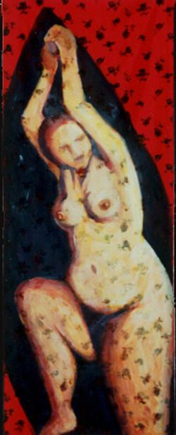 אישה בתוך עץ ברוש