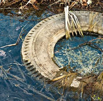 arroyo contaminado