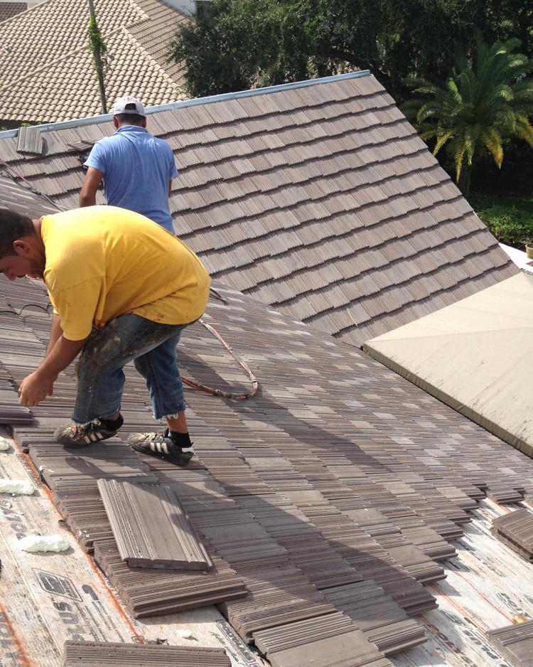 LOCAL ROOFERS PALM BEACH