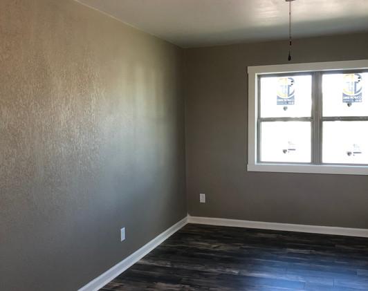 237 3rd Livingroom 1.jpg
