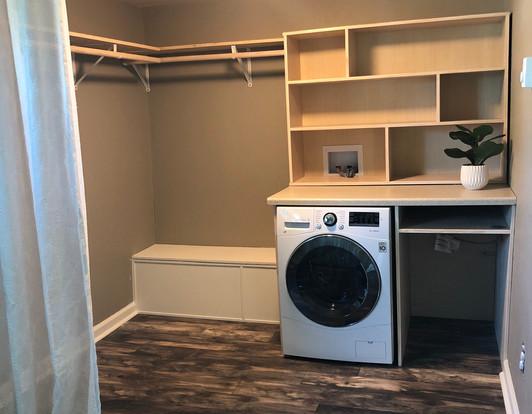 237 3rd Laundry_Closet 1a.jpg