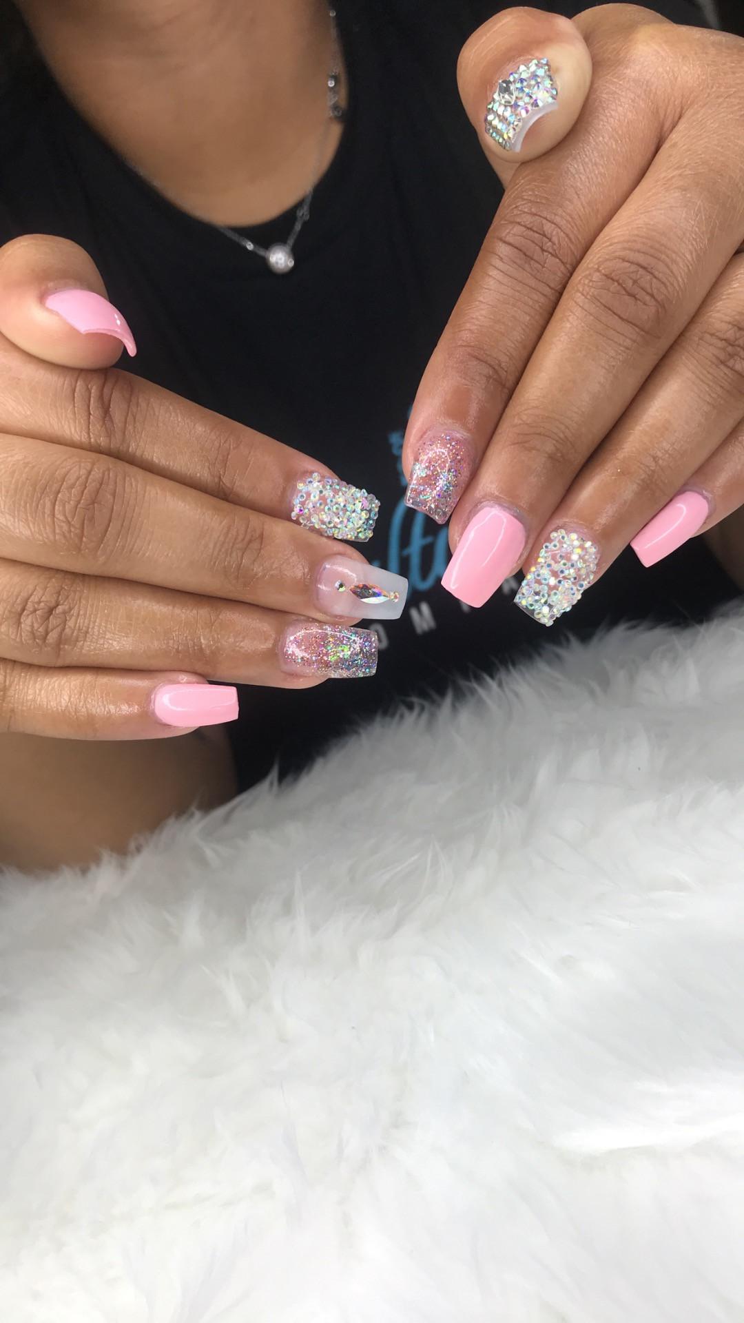 Nails (Short Full Set)