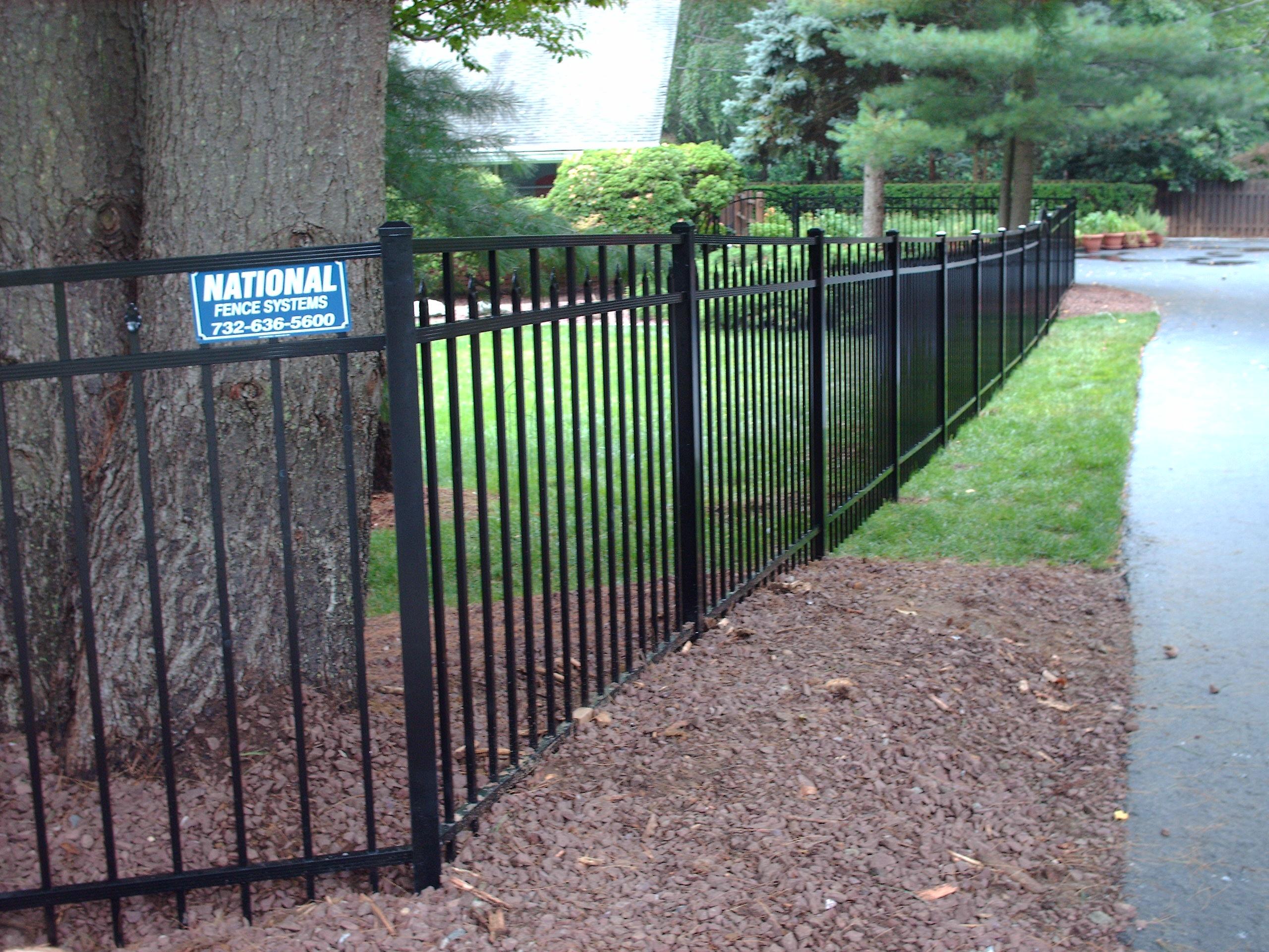 Diamond Gemstone Fence