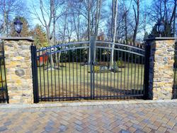 Emerald Aluminum Gate