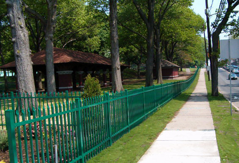 National Fence Systems - green comercial fence