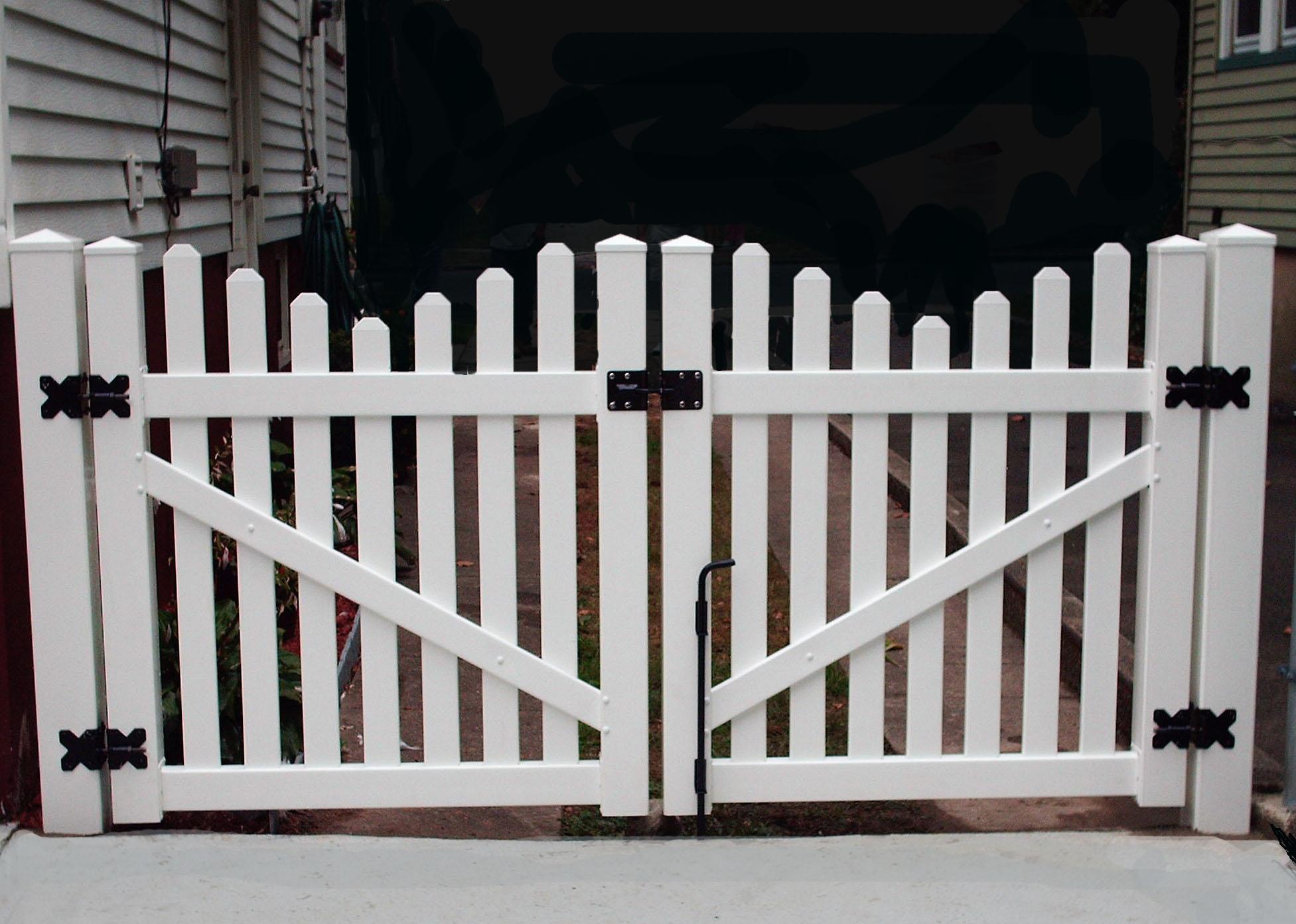 Newport Gate (2)
