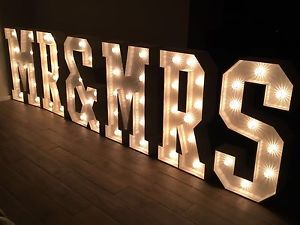 MR & MRS LED Light up