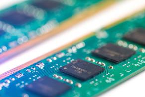 O que é a memória RAM e como se diferencia do armazenamento?