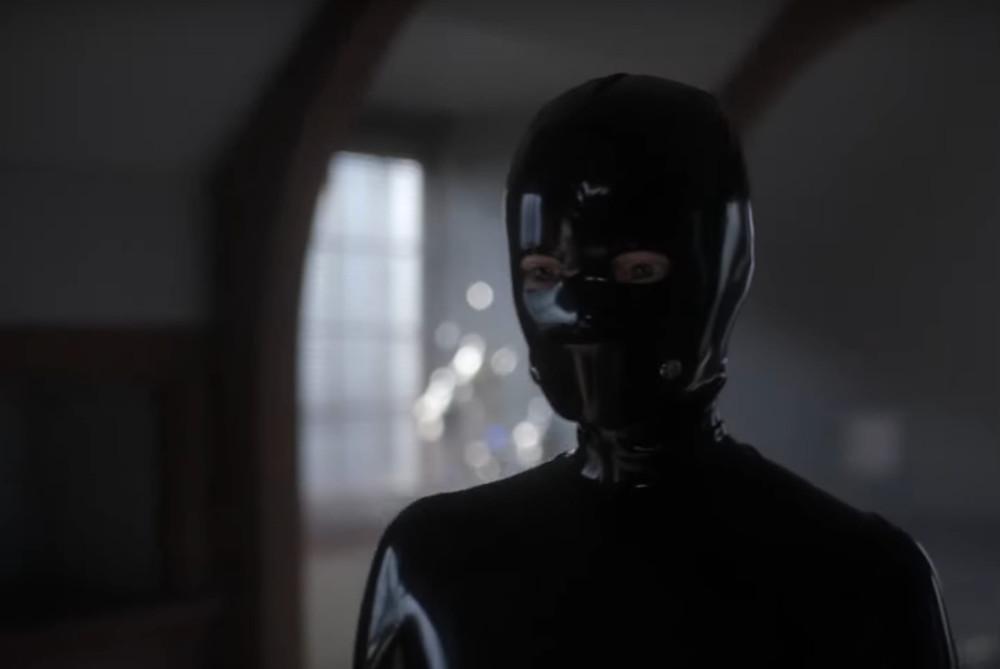 Sierra McCormick As Scarlett in FX's American Horror Stories: Rubber (Wo)man