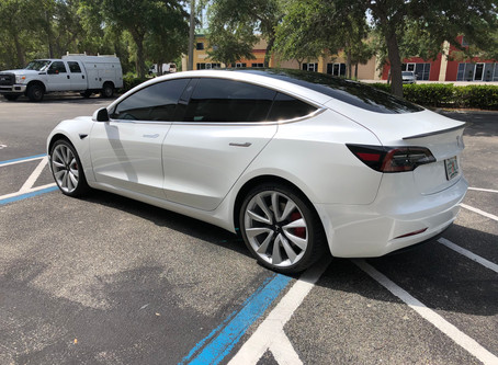 Tesla Model 3 - Ceramic window tint