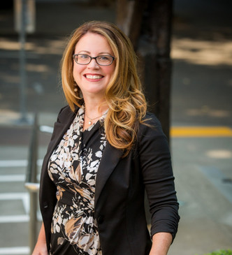 Melanie Marmion finishes out her year as Chair of the Executive Committee for the Estate Planning an