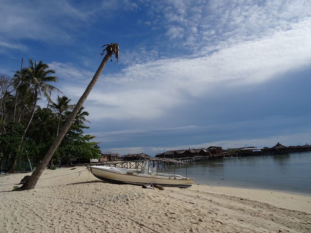 mabul island borneo
