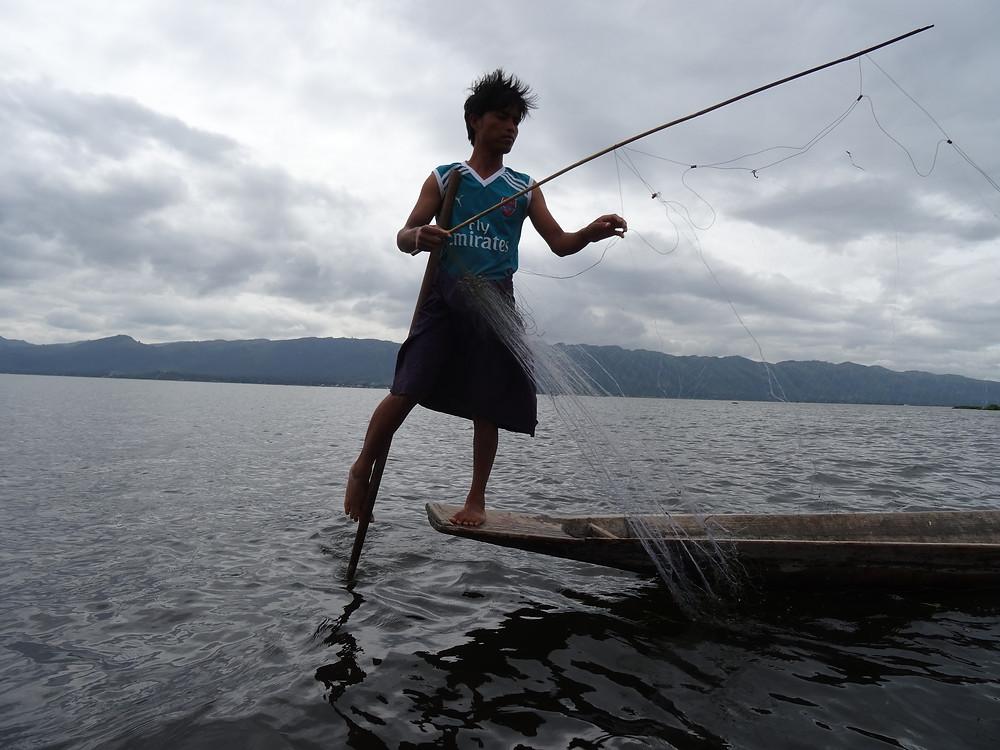 fishermeninlelake