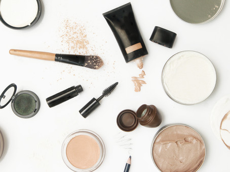 Holistic Approach to make up and cosmetics