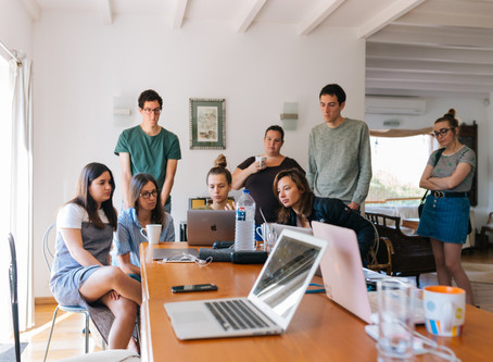 Why Designer's Shouldn't Code & The T ShapedDesigner