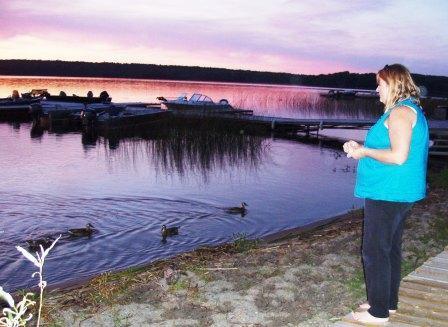 Lori befriended some ducks.