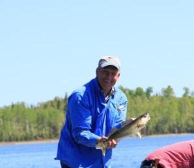 doug with walleye