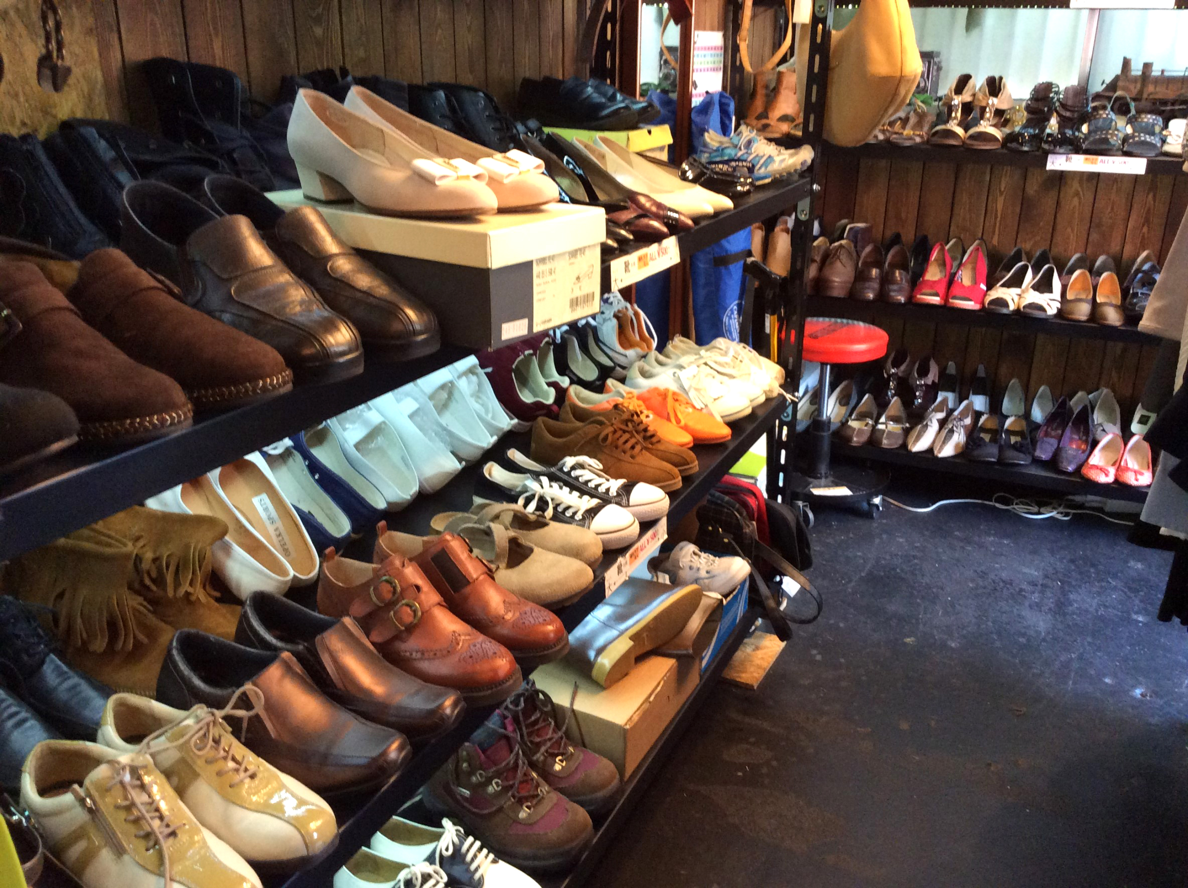 婦人靴、紳士靴仕入れ・業販