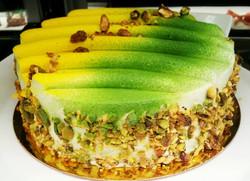 Meyer lemon and pistachio dacquoise