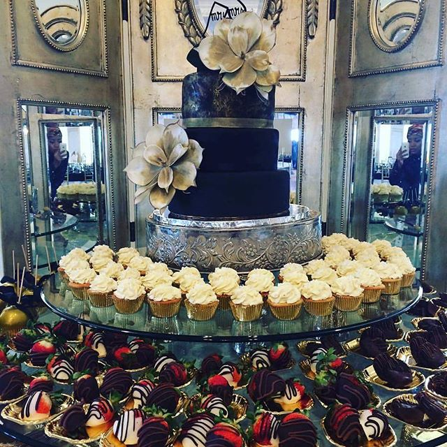 Pastry display for yesterday's wedding! #GlenTIEsTheKnot