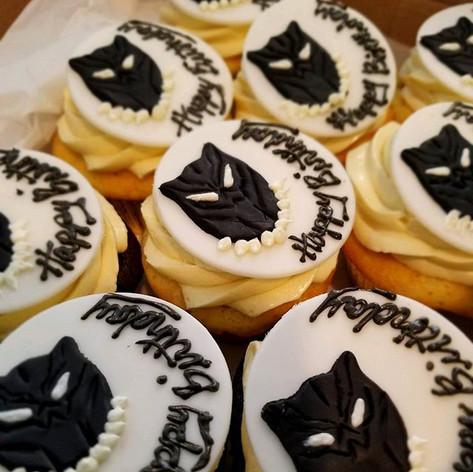 Black Panther Comic Cupcakes!