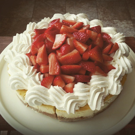 Fresh Strawberry and Cream Cheesecake