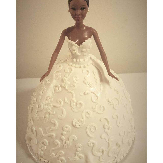 Barbie bride cake #pastrychef #cakelove