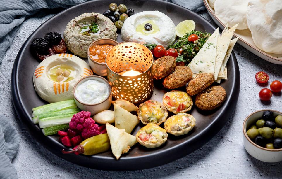 Shalom Veg Mezze Platter.jpg