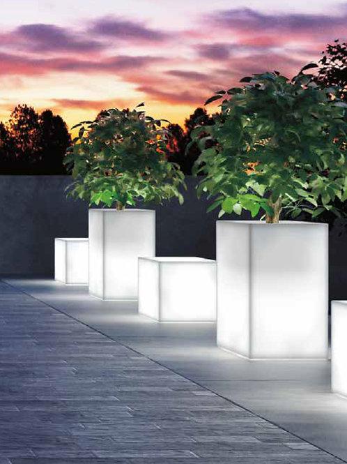 Kube High Cassetta Planter Light