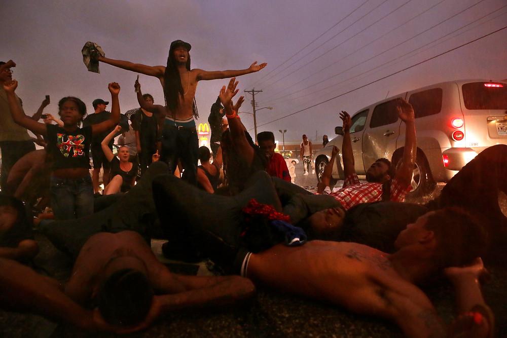 Photo ferguson protestors