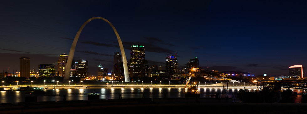 Arch at Night Panorama from East STL