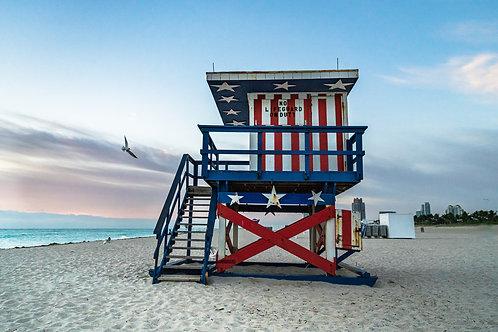 Miami Beach Lifeguard Stand - Stars & Stripes