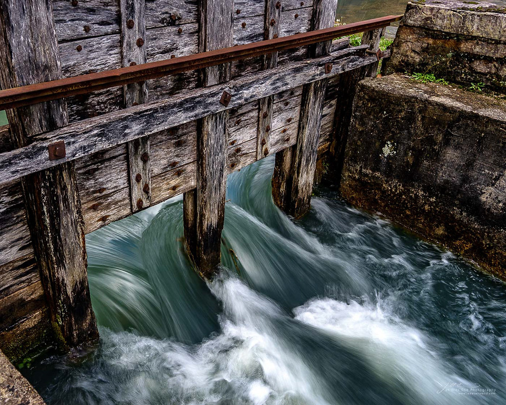 Photo Rushing water at Alley Springs Mill, Missouri Ozarks.