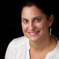 Jenn Mishra Headshot