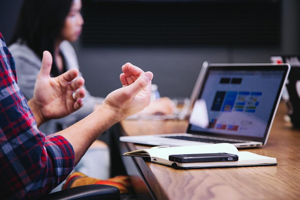 Computador definiendo al Buyer Persona