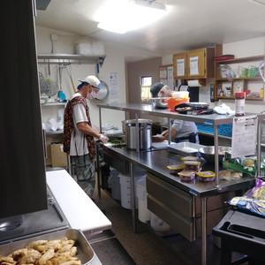Thursday Kitchen Crew (Ryan & Cappy)