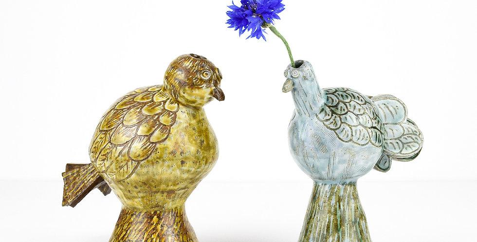 Bird vase by Miyu Kurihara