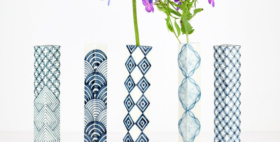 Single flower vase Large by Miyu Kurihara